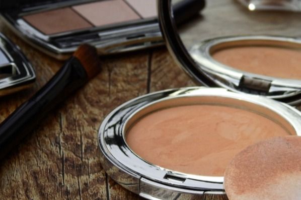 What Makes Up Your Makeup? Toxic Ingredients in Your Makeup